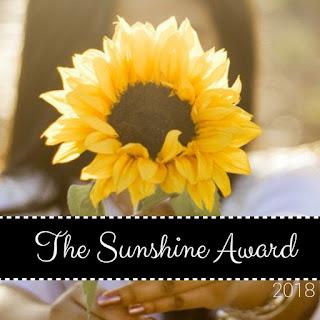 blogger award, blogger, book blog, book blogger, blog award, blog q&a, blogger interview, book blogger interview,