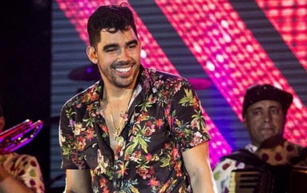 """Gabriel Diniz vai gravar o segundo DVD da carreira em Fernando de Noronha.  O trabalho foi intitulado """"GD na Ilha"""". O projeto, que será somente para ... 59b73670ac"""