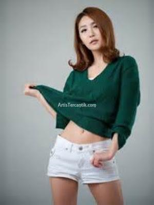 Model Korea Selatan Terseksi Bang Eun-young
