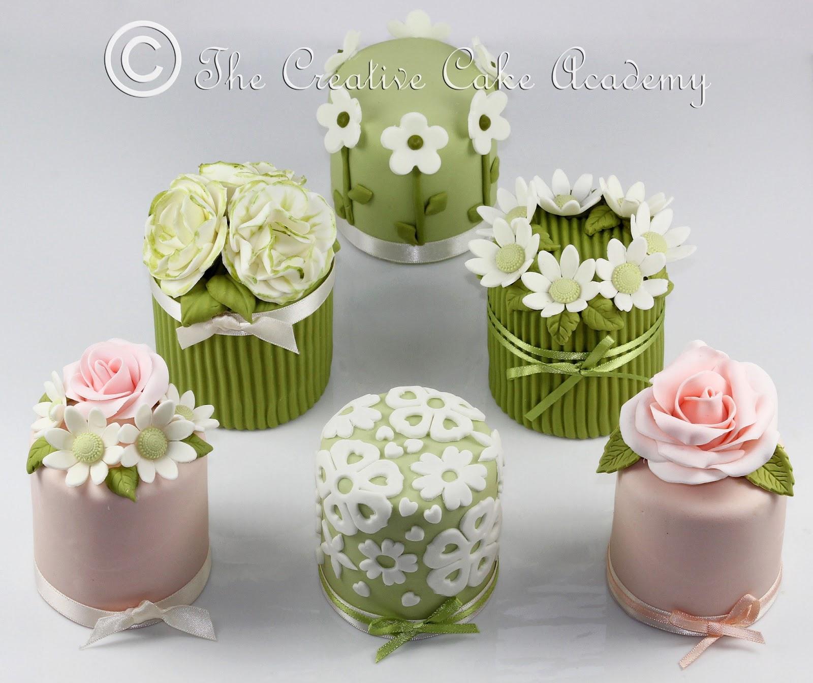 The Creative Cake Academy the Creative Cake Academy Mini Cakes