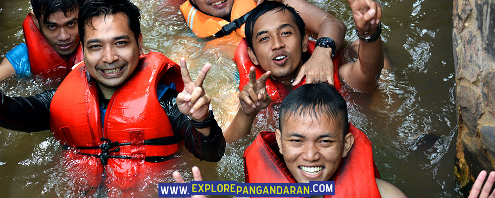 berakhir di finish body rafting green valley citumang