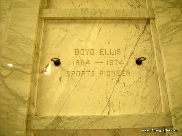 Sportsman Boyd Ellis 1974 Fairhaven Cemetery