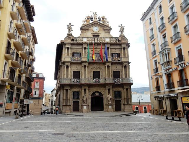 Ayuntamiento, Pamplona, España, Elisa N, Blog de Viajes, Lifestyle, Travel
