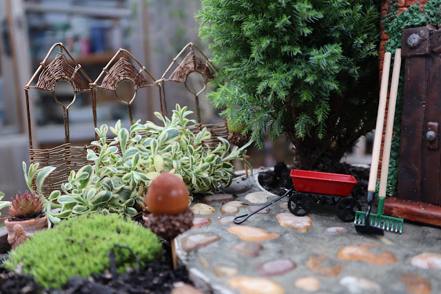 Handmade miniature garden screen Fairy Garden border