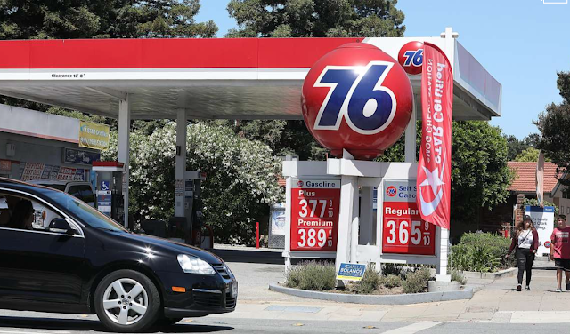 In fighting California gas tax, national Republicans see rallying point
