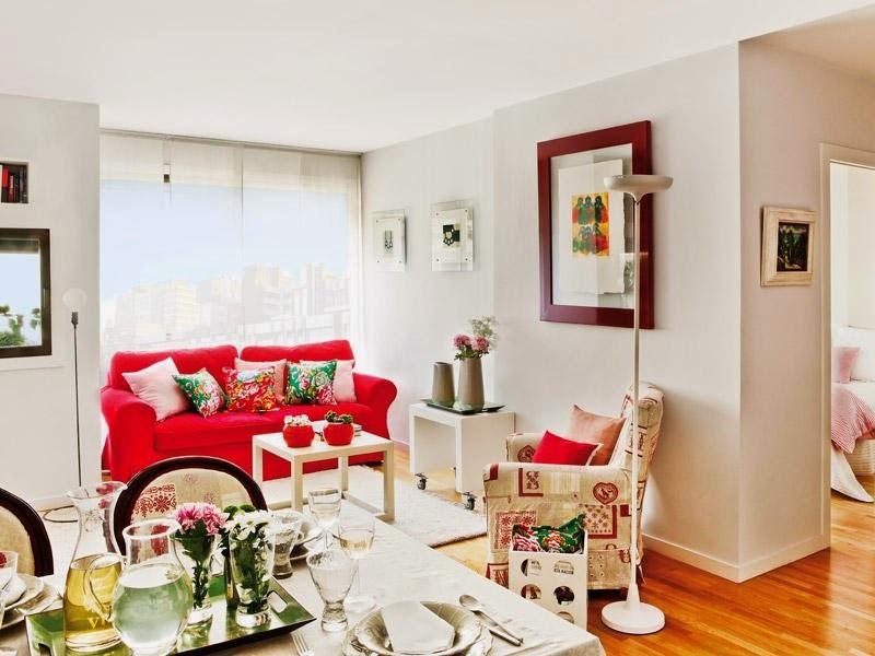 Uma colorida quitinete espanhola design innova for Decorar espacios pequenos modernos