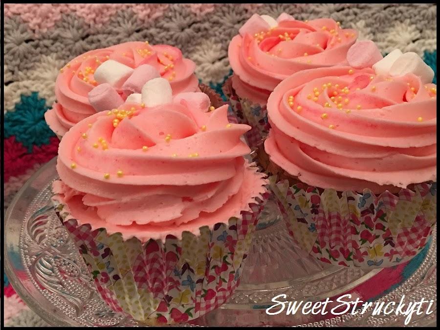 cupcakes-de-limon-y-fresa, lemon-strawberry-cupcakes