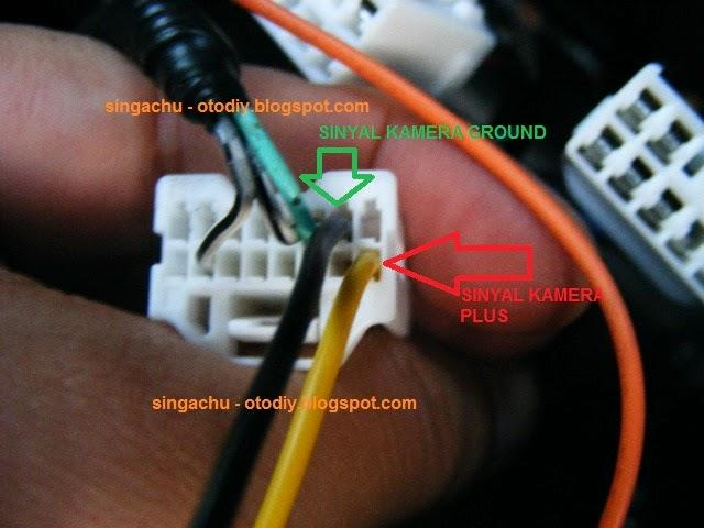 DIY : Test pasang Camera Mundur di Head Unit Orisinil Innova type G