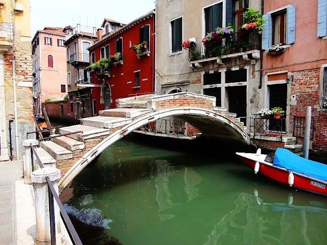 """Co znamená v Benátkách výraz """"bande"""", kam v Benátkách, co vidět v Benátkách, benátské zajímavosti"""