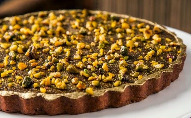Receita Natalina - Torta de Ganache de chocolate com Pistache