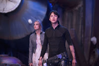 Valerian and the City of a Thousand Planets Dane DeHaan and Cara Delevingne Image 3 (8)