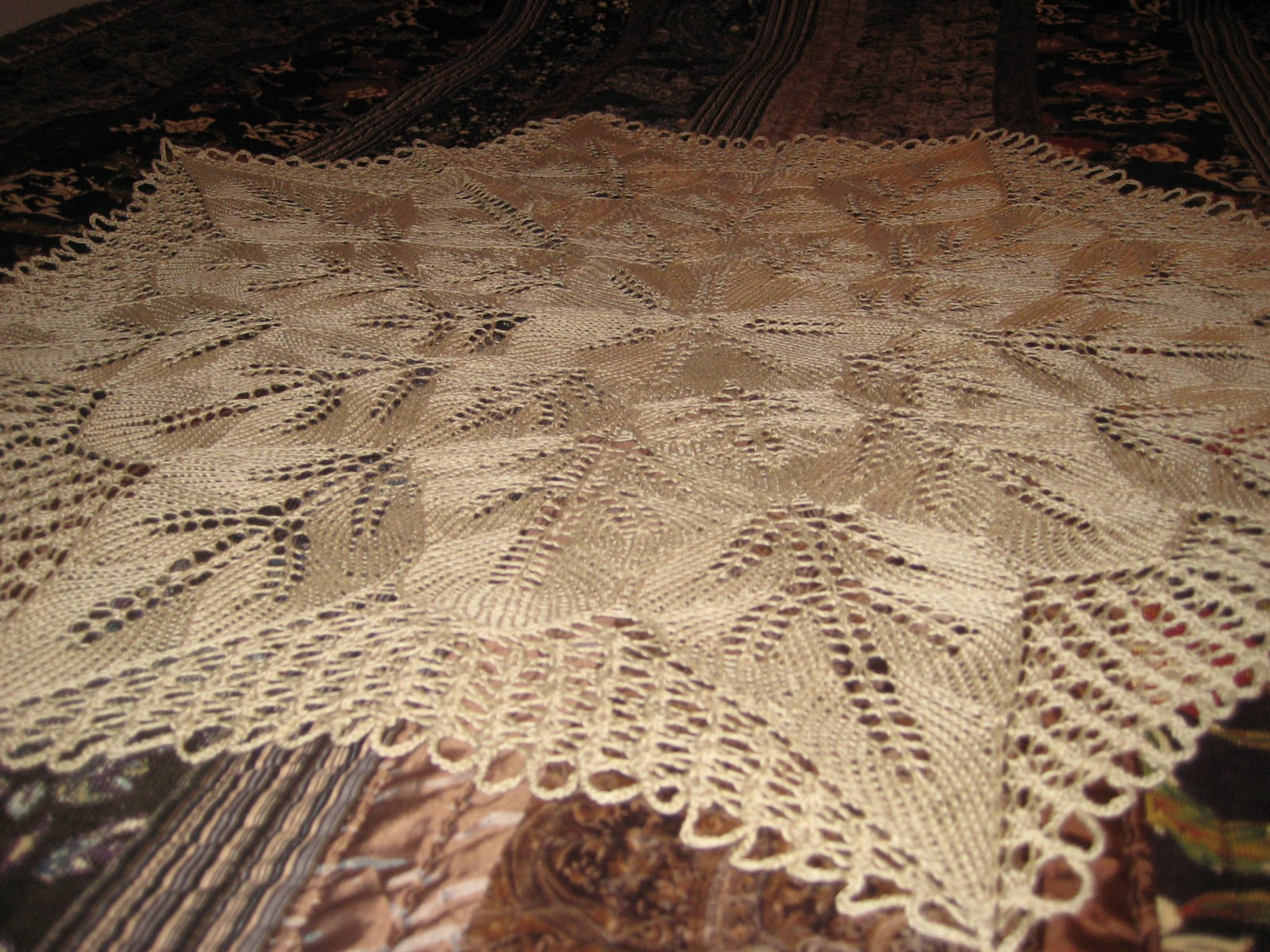 Sweet N Pretty Things More Knitted Lace Tablecloth Goodness