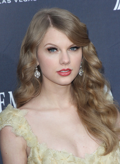 Funny Picture Clip Taylor Swift S Hairstyle Step By Step