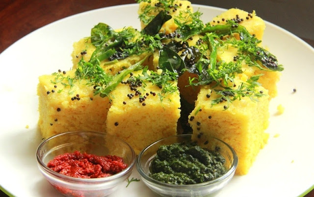 http://www.indianlazizkhana.com/2016/07/oil-free-dhokla-recipe-in-hindi.html