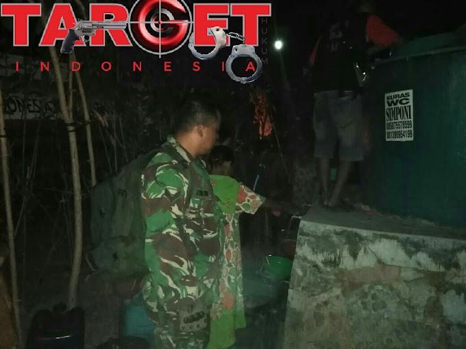Gereja Santa Yusuf Bersama Babinsa Koramil Puncakwangi Menyalurkan Bantuan Air Bersih di Desa Tanjungsekar