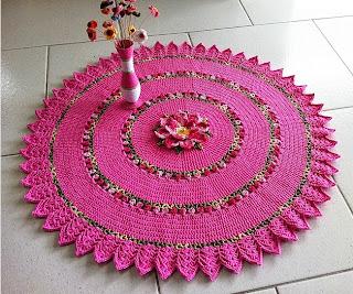 http://www.circulo.com.br/pt/receitas/decoracao/tapete-redondo-maxcolor-rosa