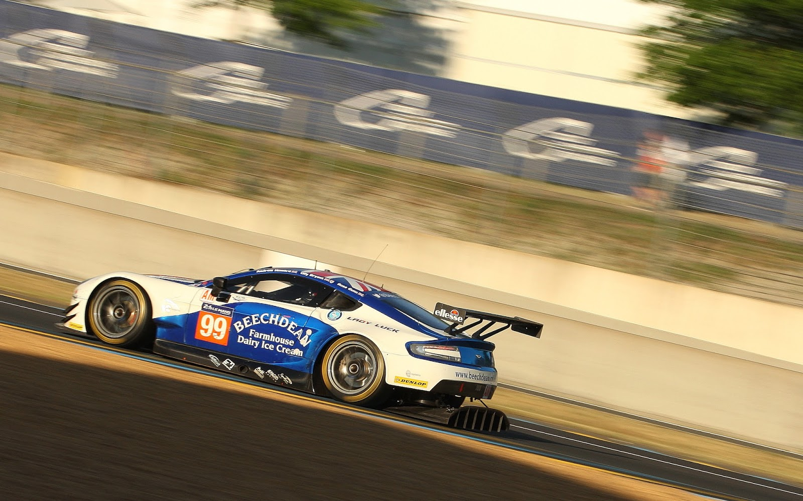 beechdean amr tf sport le mans 24h gallery the advantage. Black Bedroom Furniture Sets. Home Design Ideas