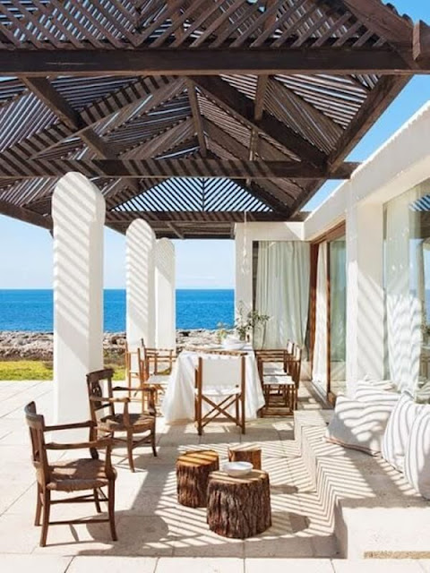 Ideas To Create a Mediterranean Terrace 4