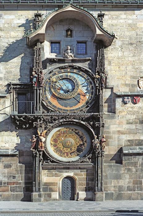 Prague, place de la Vieille-Ville, Staroměstské náměstí, horloge, hodiny, © L. Gigout, 1990