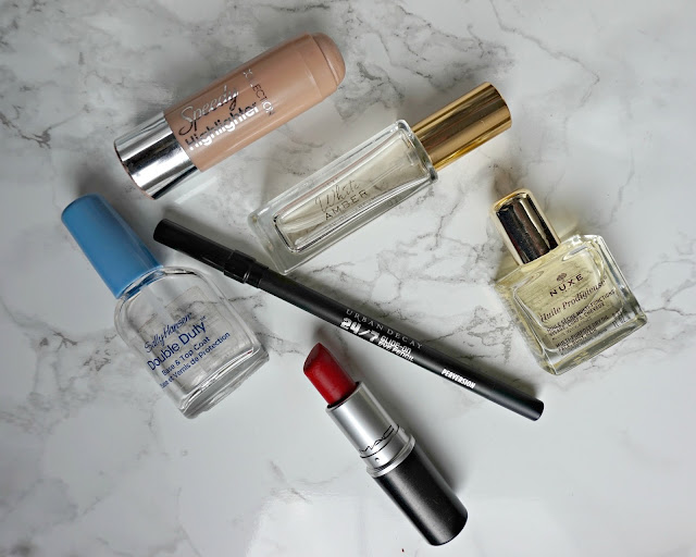 july favourites, beauty, blogger, collection, sally hansen, urban decay, mac, nuxe, next, hanrosewilliams, hannah rose,