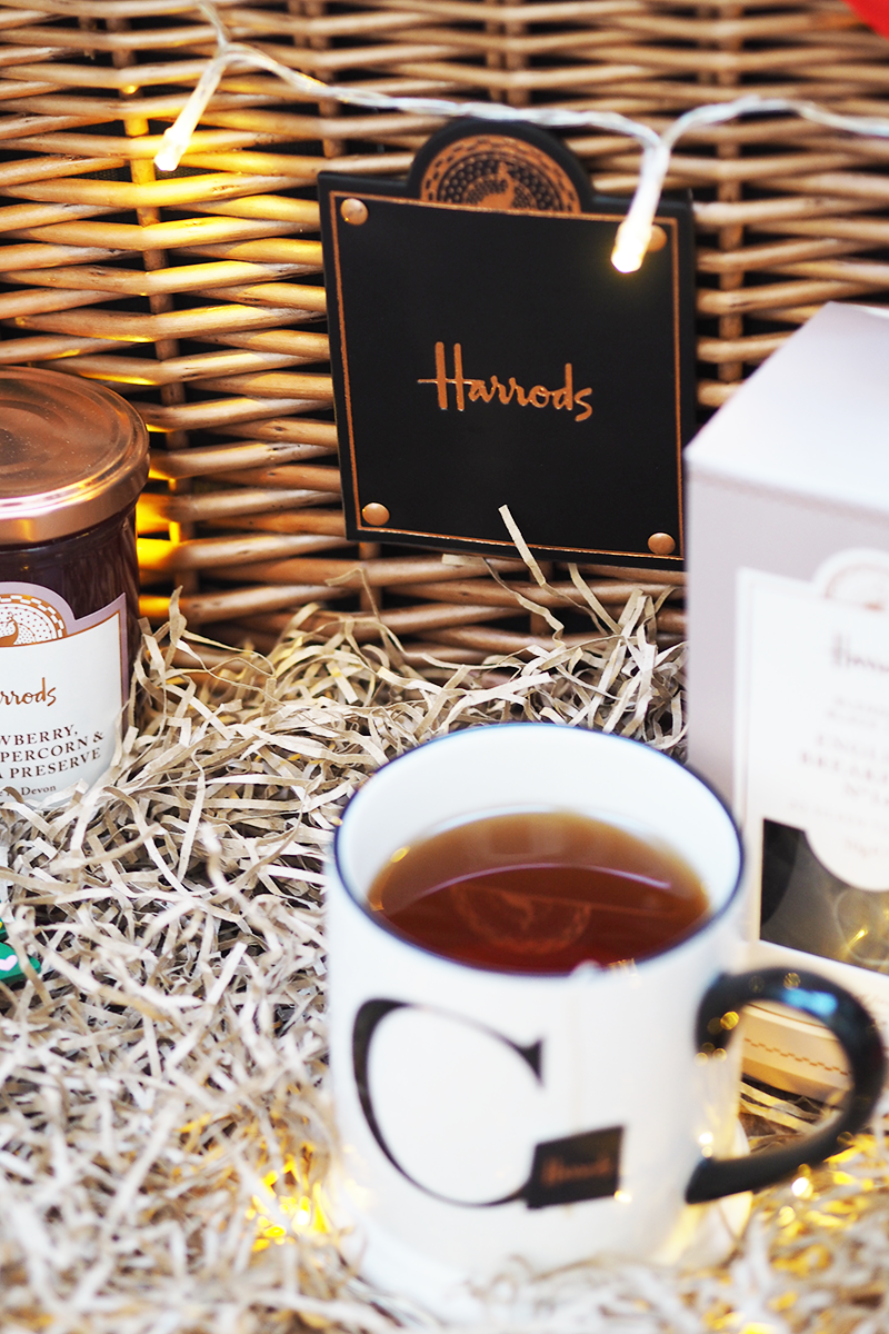 Christmas 2017 Harrods Hampers | Colours and Carousels - Scottish Lifestyle, Beauty and Fashion blog