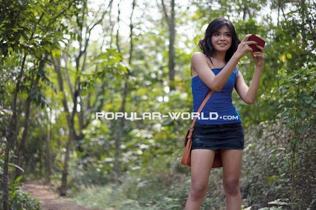 Abg Montok Foto Wiwid Gunawan Majalah Popular: Tiara Sakti Popular Star