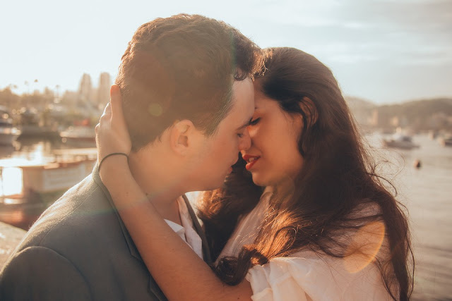 beijo na boca no casamento