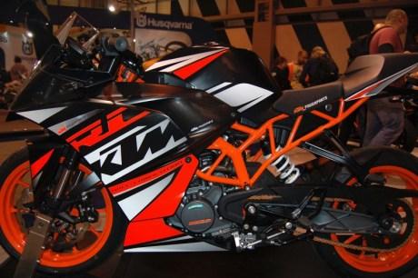 Harga Baru KTM Duke dan RC250 Sudah Keluar