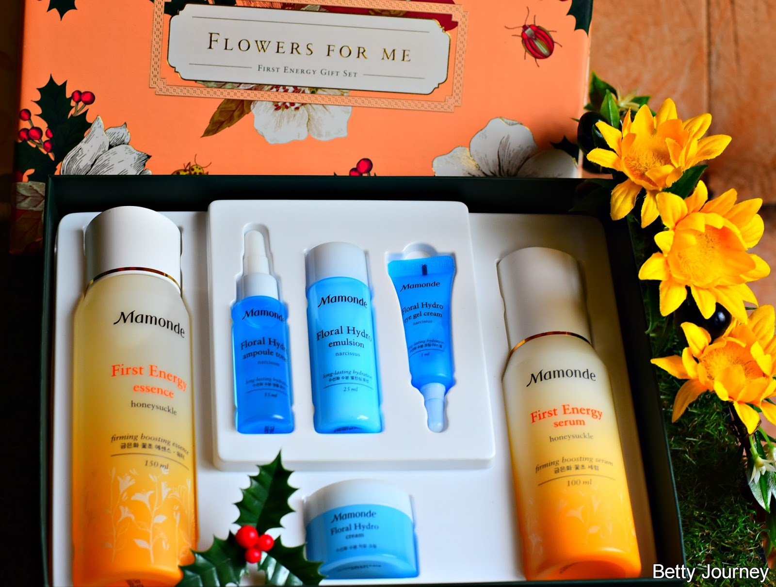 Mamonde Presents Flower For Me Holiday Collection 2017 Bettys Bagus Umbrella Medium Light Blue First Of All I Am Impressed With Their Attractive Packaging As The Beautiful Boxes Is Printed Vibrant Graphics Garden In Harmony