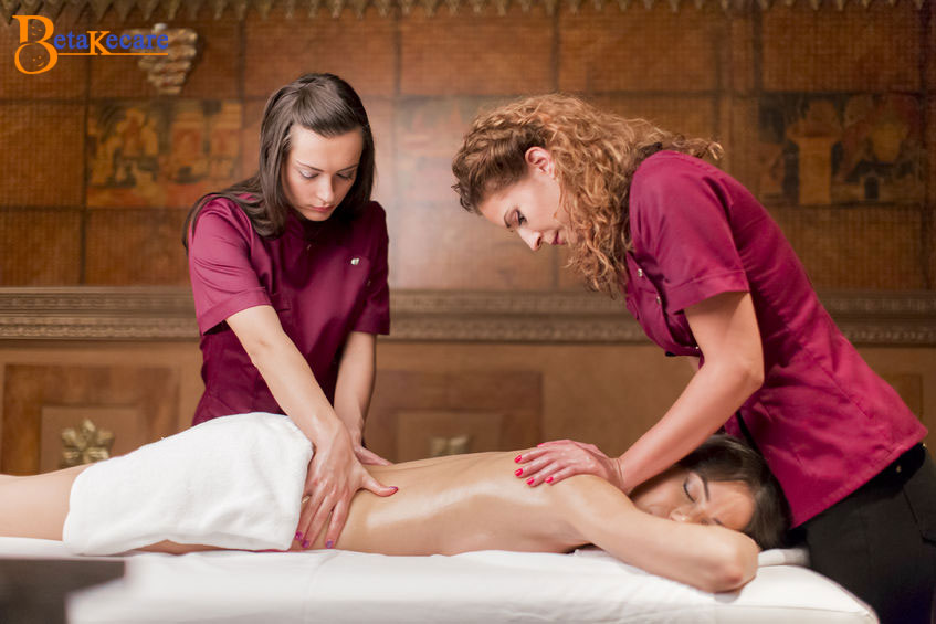Four Handed Massage Therapy in Dubai