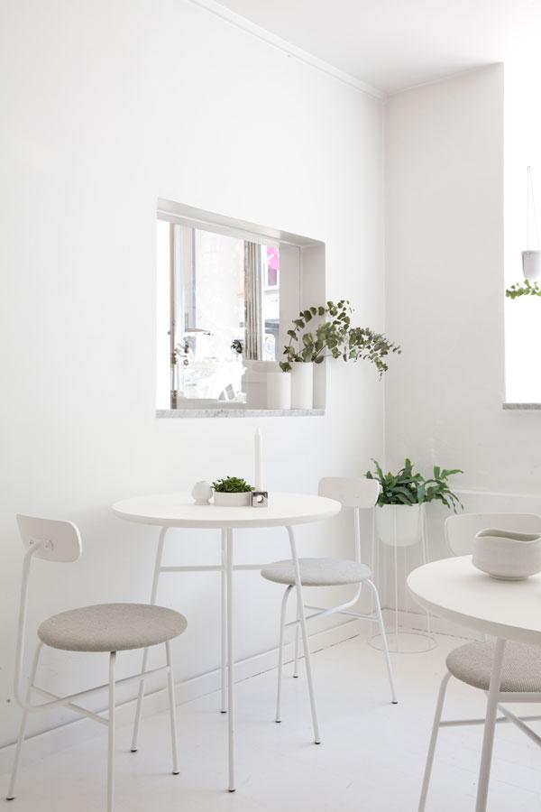 restauracja cała w bieli