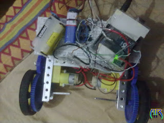Simple Automatic Moving Robot using arduino & L293d IC