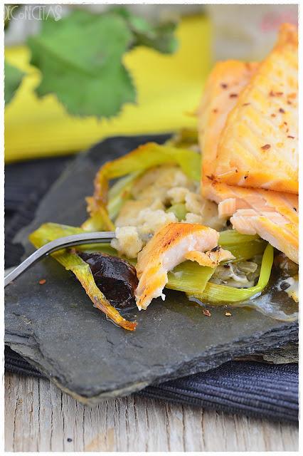 Salmón y puerro con salsa bechamel a la mostaza