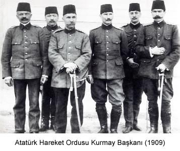 Atatürk 'ün 100 Fotoğrafı