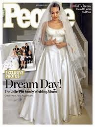 photos: Angelina Jolie in her wedding dress