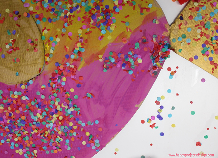 Carnaval collage: peces de colores