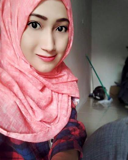 Wanita Cantik Asal Bojonegoro menikah dengan Mahar Rp 500.000 , - Rupiah