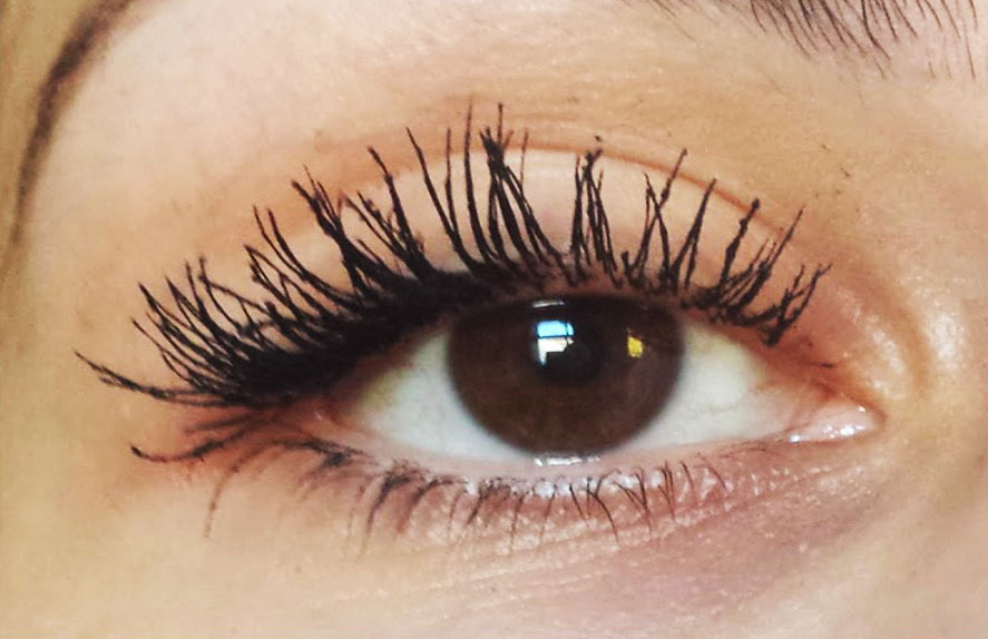 Benefit they're Real Mascara After application