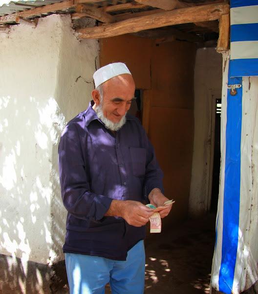 Tadjikistan, Haut-Badakhshan, Yazgand, chaïkhana Lakaye, © L. Gigout, 2012