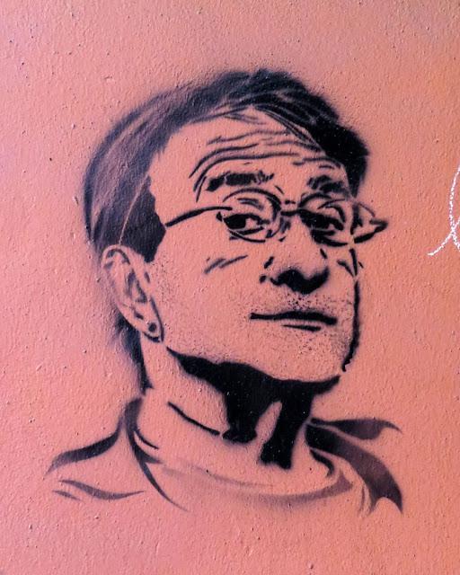 Lucio Dalla stencil, Piazza de' Celestini, Bologna