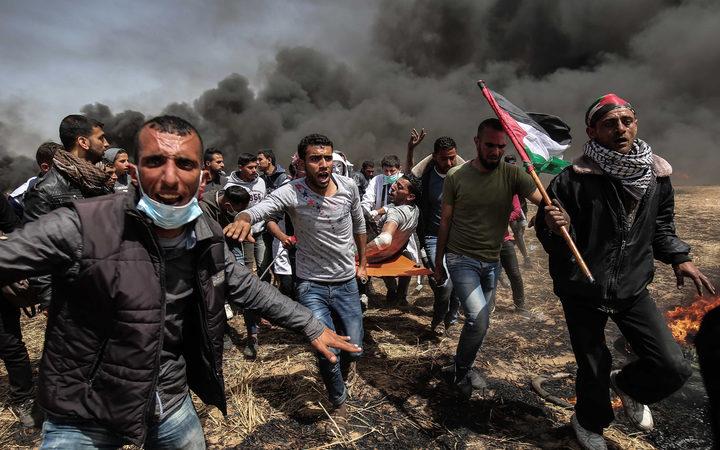 Bentrok dengan Pasukan Israel di Gaza, Puluhan Warga Palestina Terluka