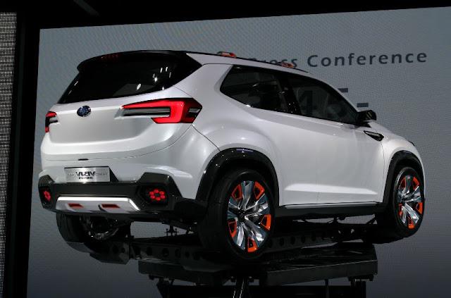 2018 subaru ascent spied reviews   new car review