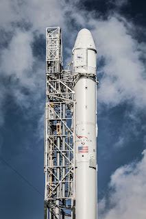 Falcon 9 con la Dragon
