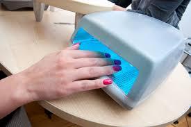 Câmara de luz ultravioleta ou led