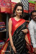 Rashmi Thakur Inaugurates Pochampally IKAT Art mela 2016-thumbnail-2