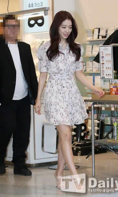 Los 12 Vestidos M S Feos Que Ha Usado Park Shin Hye En Las Galas O Eventos Que Asisti