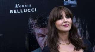 http://movieplayer.it/news/monica-bellucci-premiata-con-il-nastro-dargento-europeo-2017_50616/