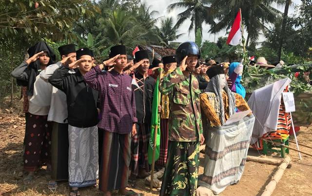 Santri SMP Al Azhar Citangkolo Tebarkan Kedamaian di Sosial Media