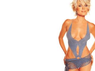 Rebecca Romijn So Sexy In Bikini