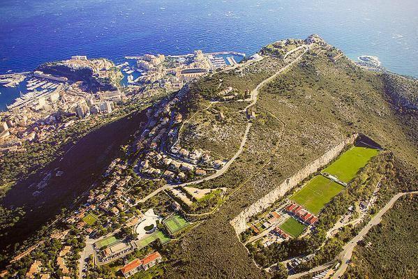 Club Monaco training center #4